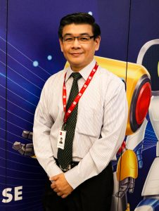 Mr. Colin Khoo, The Senior Lecturer from the Faculty of Business, Accountancy and IT